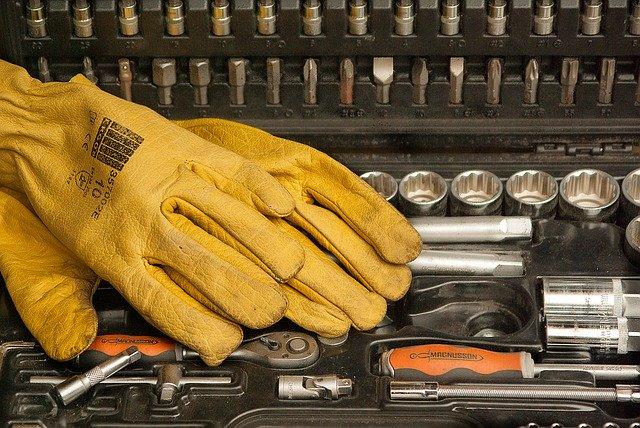 Odpowiednio wykonane rękawice robocze
