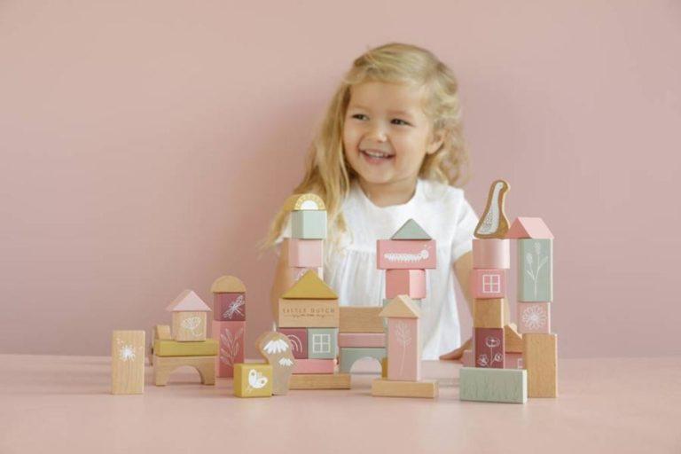 Czy drewnianymi klockami dziecko może się bawić bez końca?